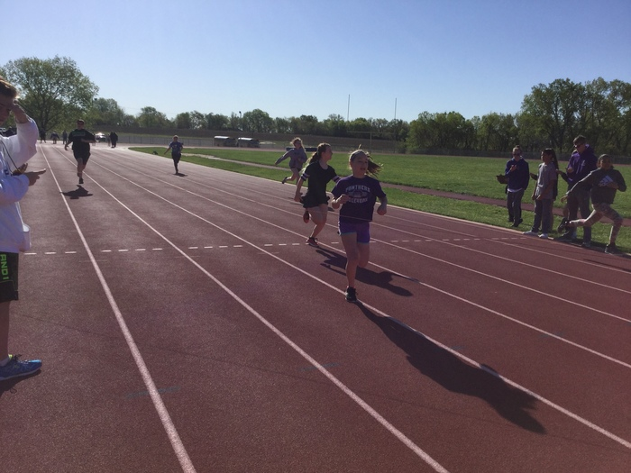 6th grade girls race